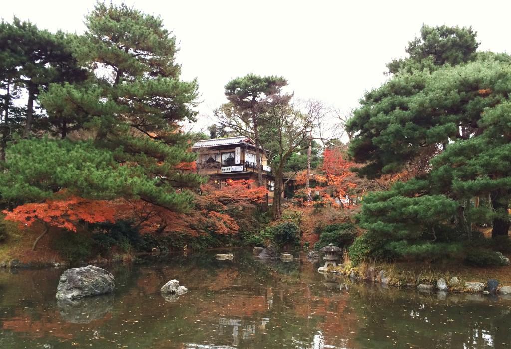 A la lisière du parc Maruyama