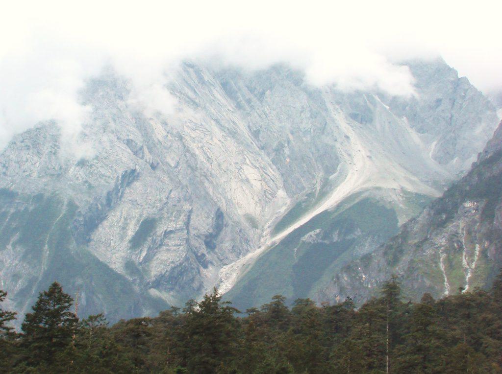 Au sud des nuages Jade snow mountain grès